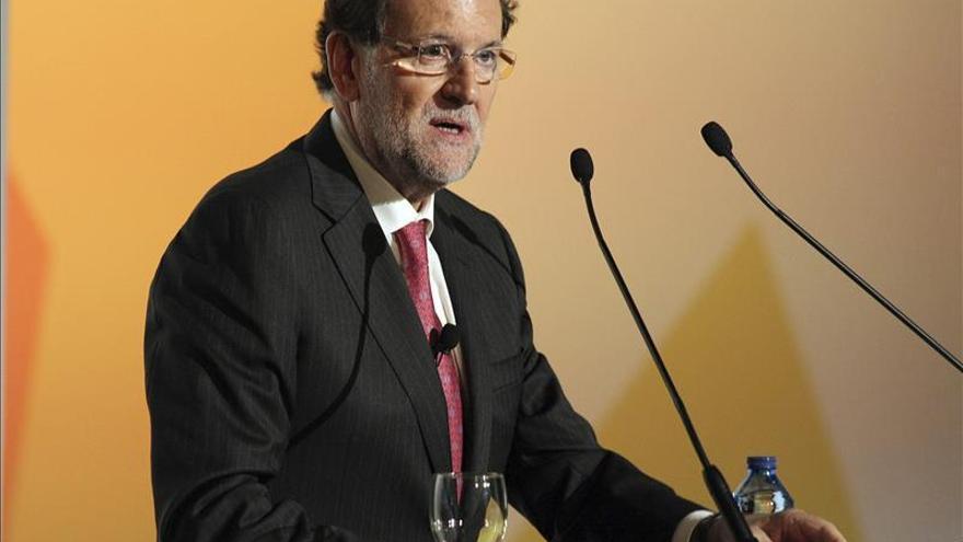 """Rajoy ve """"malo para Europa"""" la irrupción de partidos con políticas """"diferentes"""""""