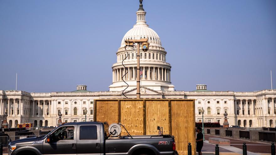 El Capitolio de EE.UU. refuerza su seguridad ante una marcha de ultraderecha