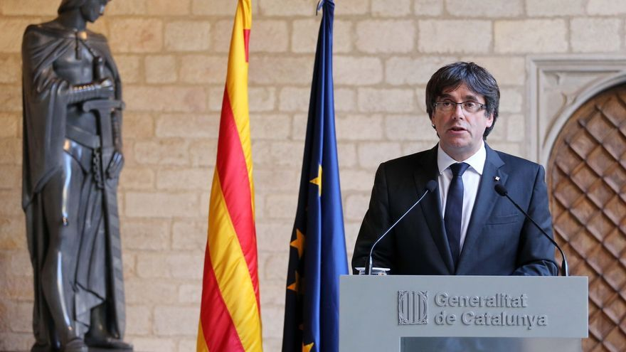 """Puigdemont critica a Rajoy que el Gobierno predique legalidad pero ejecute """"represión y sumisión"""""""