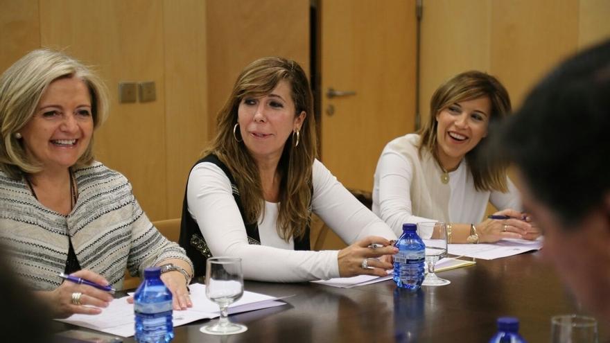 Rafael Hernando preside la primera reunión de la dirección del PP en el Congreso tras la entrada de tres caras nuevas