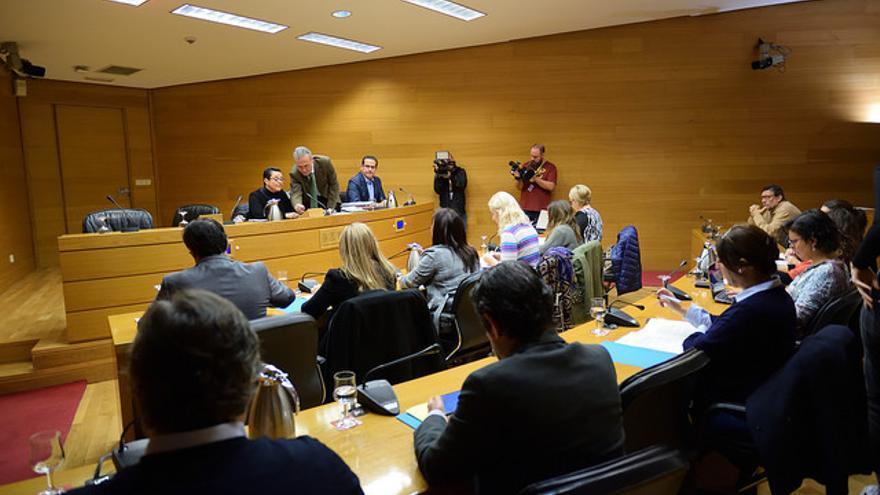 Constitución de la comisión de investigación de Crespo-Gomar