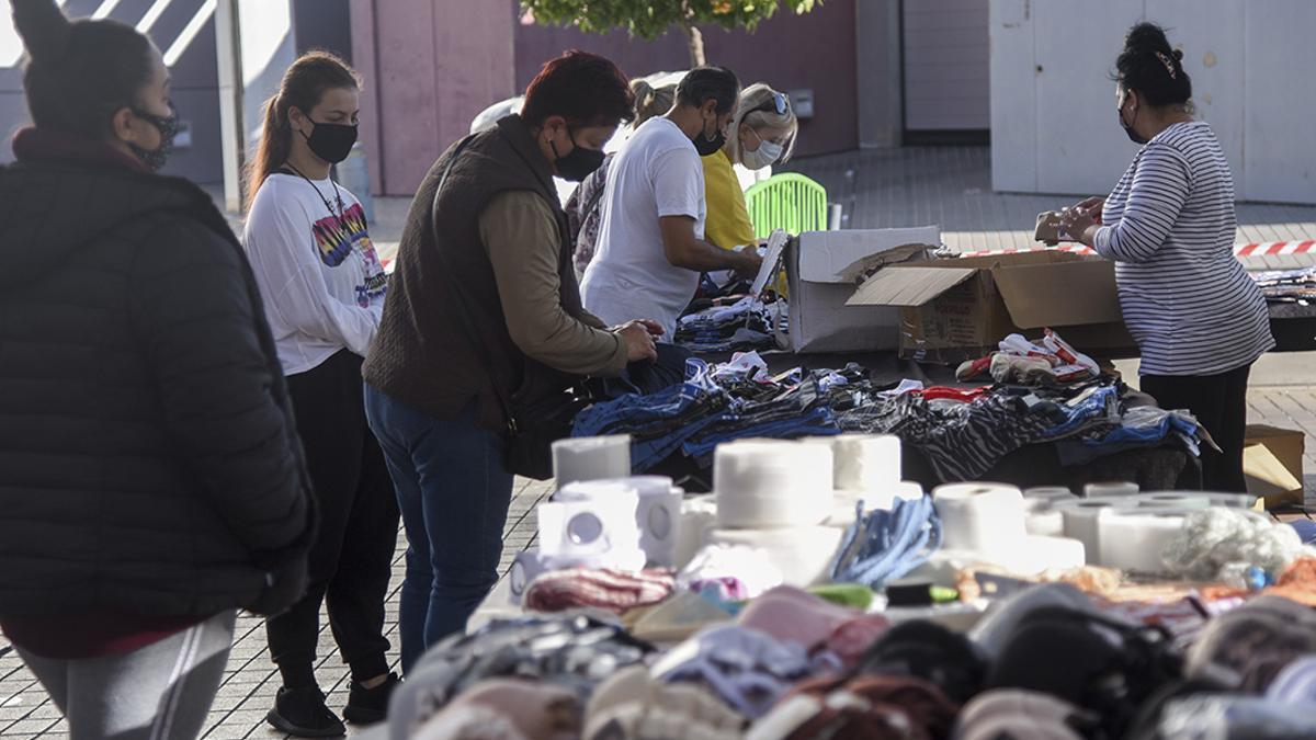 Imagen de un mercadillo ambulante en Córdoba.
