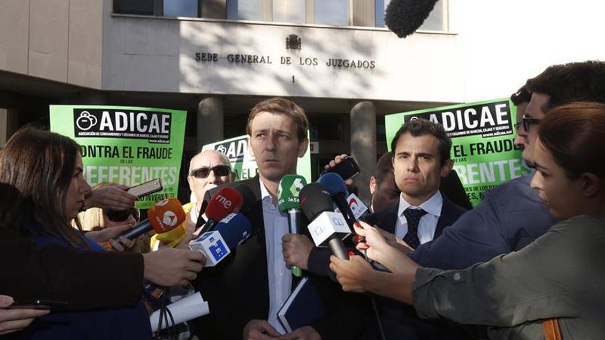 Vista para sentencia la macrodemanda de Adicae por las preferentes de Caja Madrid