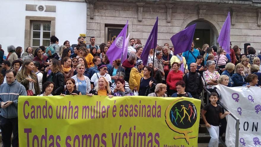 Concentración en Vigo en repulsa por los asesinatos machistas de Valga