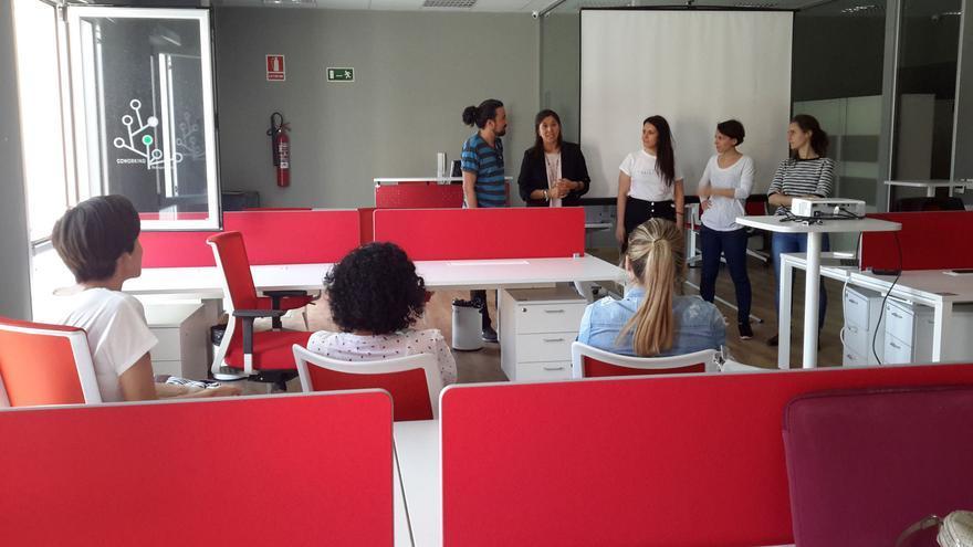 Acto de apertura del taller Emprendedoras 2.0, en el Centro Coworking Benquerencia