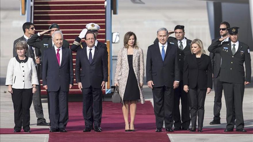Hollande dice en Israel que el programa nuclear iraní es una amenaza para todo el mundo