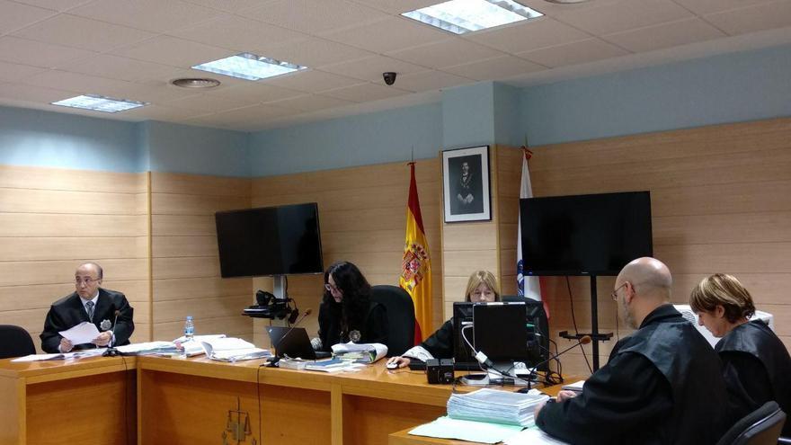 El fiscal, la jueza y las defensas del juicio de # PreguntarNoEsDelito | RUBÉN ALONSO