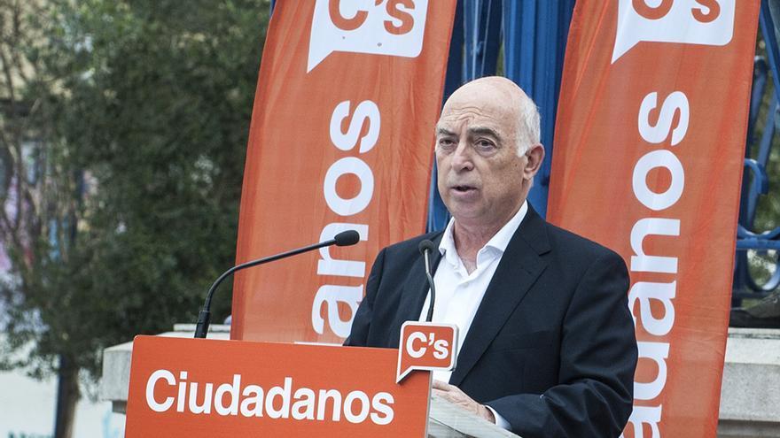 Mitin de Carlos Pracht (Ciudadanos) en Santander