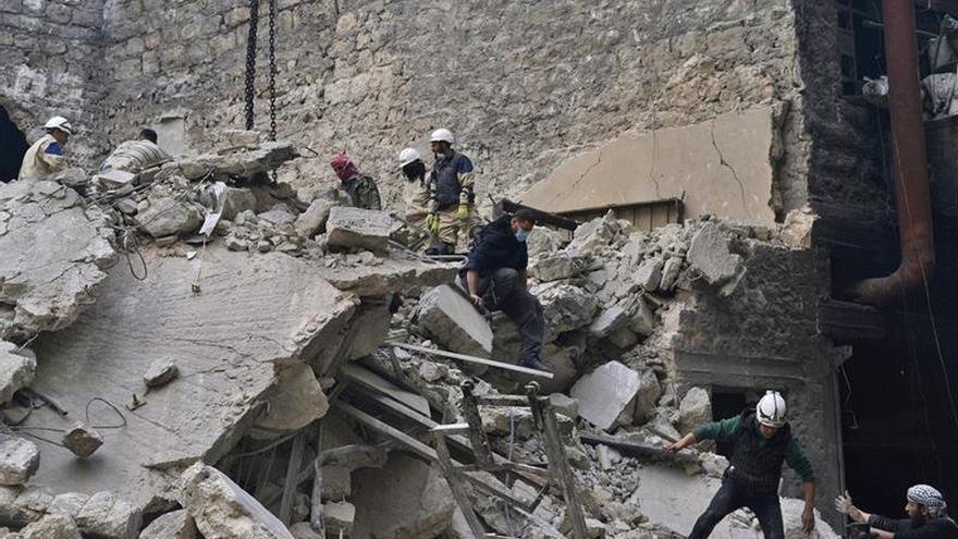 Más de 2.800 civiles muertos en ataques de coalición internacional en Siria