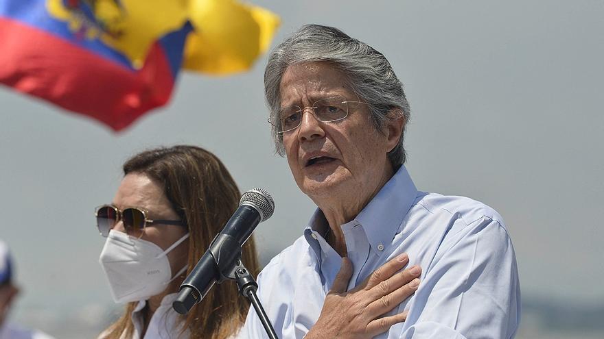 Ecuador: con el 96% de los votos escrutados, el derechista Guillermo Lasso se imponía con el 52,55% sobre el correista Andrés Arauz con el 47,45%