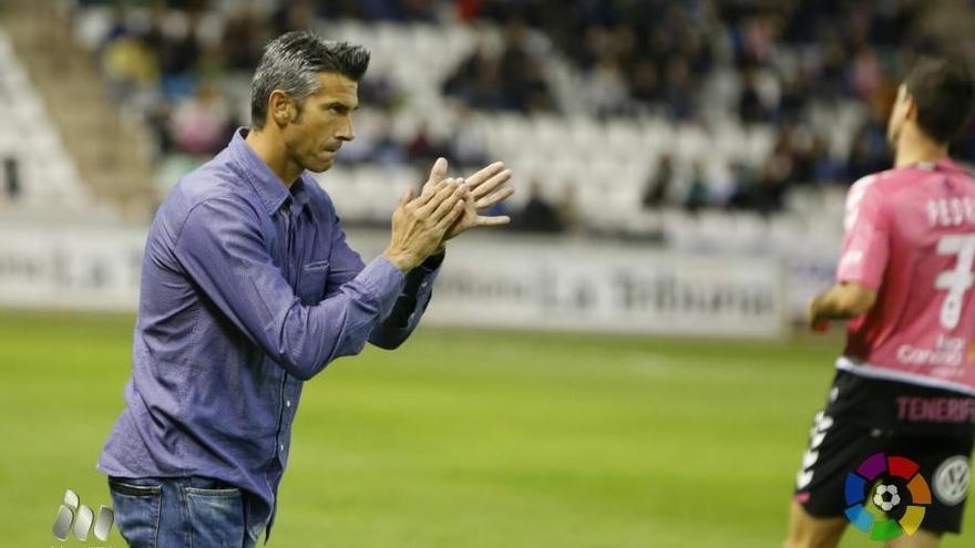 El entrenador del CD Tenerife, Pep Martí. (LALIGA).