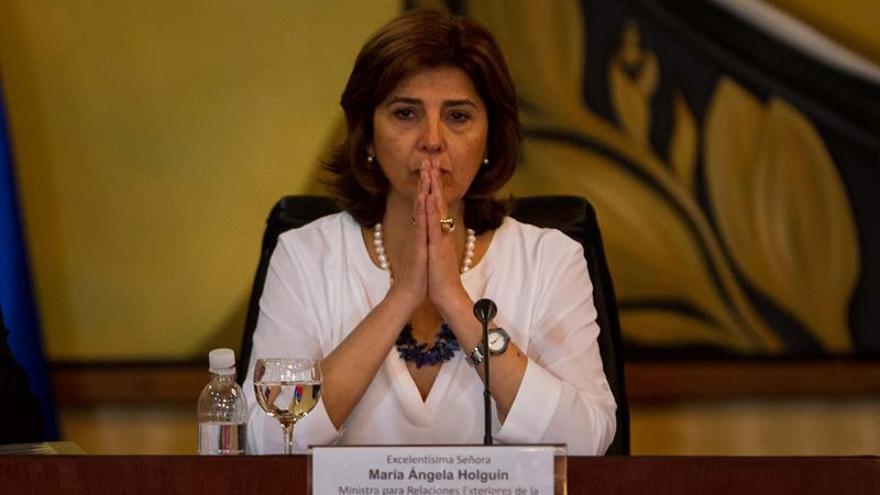 """Colombia quiere continuar trabajando con """"Gobierno constitucional"""" de Brasil"""