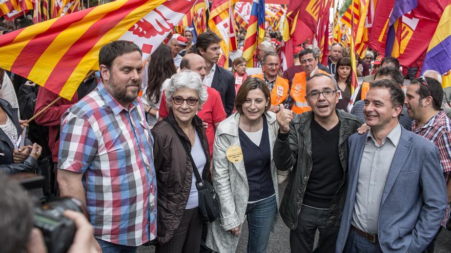 Oriol Junqueras, Muriel Casals, Carme Forcadell, Joan Coscubiela i Alfred Bosch, a la manifestació del 1 de maig / ENRIC CATALÀ