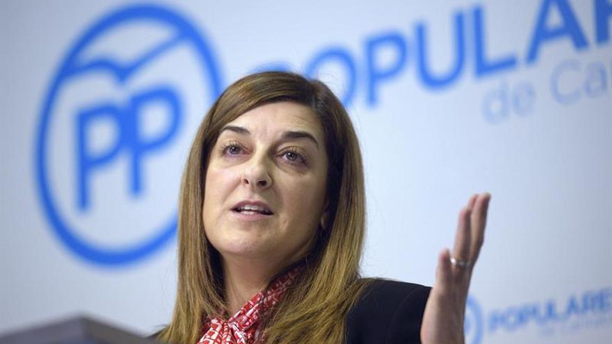 """Sáenz de Buruaga aspira a presidir el PP cántabro """"para abrir nuevo tiempo"""""""