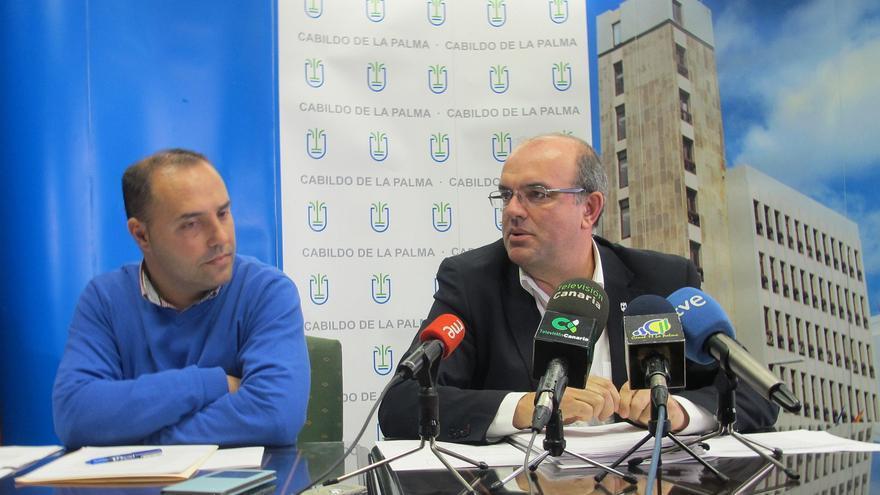 Luis Camacho y Anselmo Pestana, este lunes en rueda de prensa.