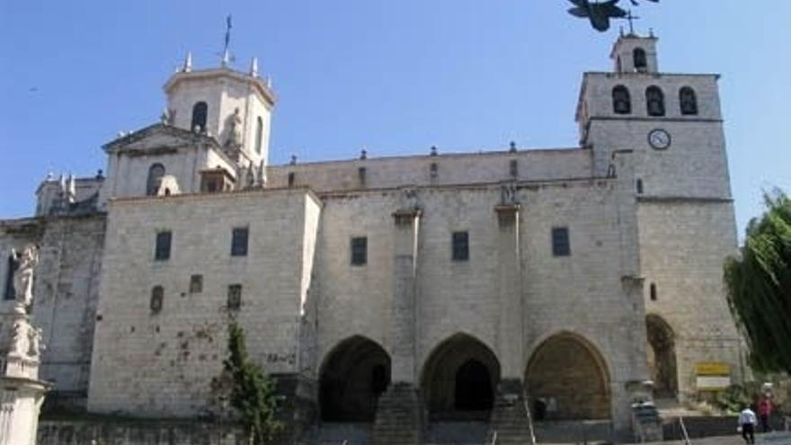 Fomento aportará 1,5 millones para recuperar el muro del Castillo de San Felipe de la Catedral de Santander