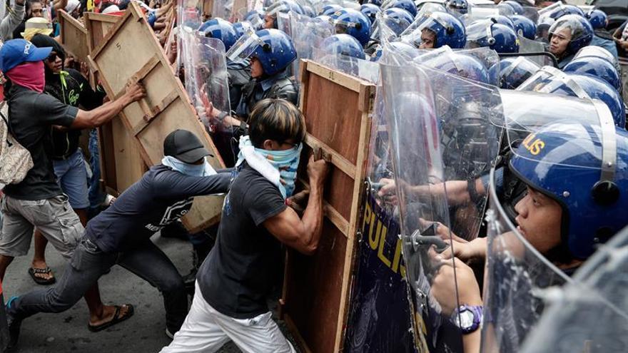 Crecen las protestan en Filipinas contra la visita de Trump
