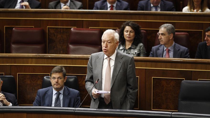 Margallo dice que si Reino Unido sale de la UE Gibraltar tendría que plantearse la cosoberanía para permanecer