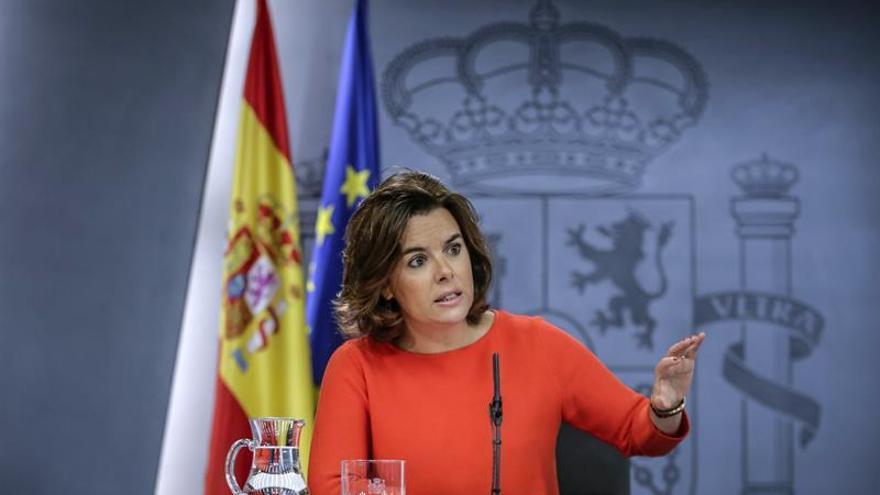 Sáenz de Santamaría: Hay unidad, voluntad y mecanismos frente a la decisión del Parlament