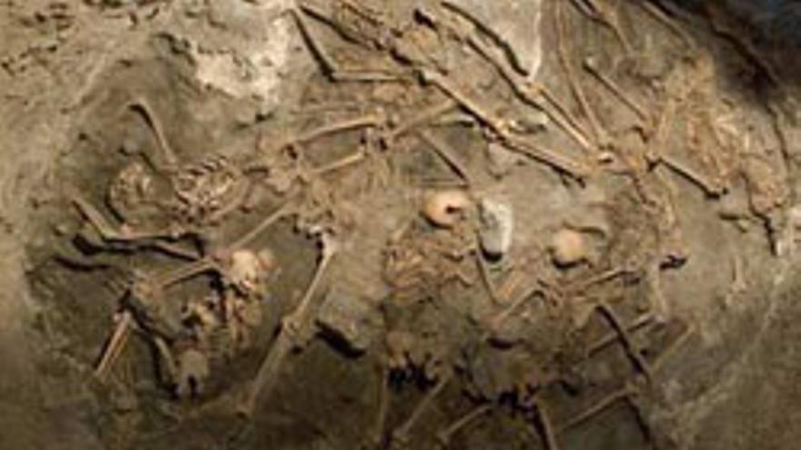 Imagen de los restos de reperesaliados republicanos que fueron rescatados en un pozo en Arucas.