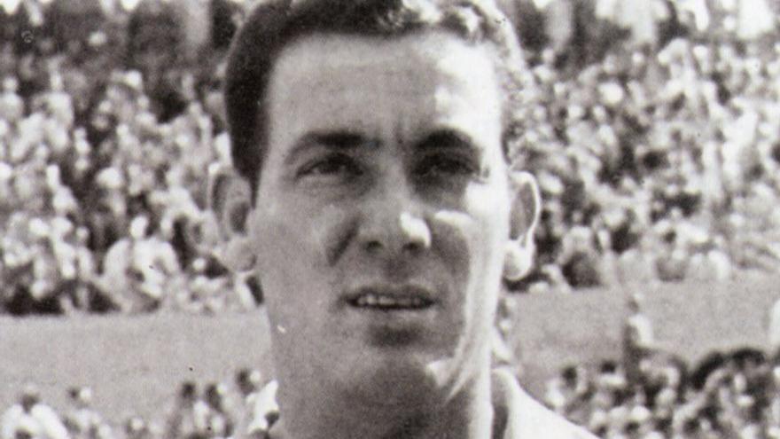 Sinforiano Padrón, jugador del equipo amarillo en la década de los 50.
