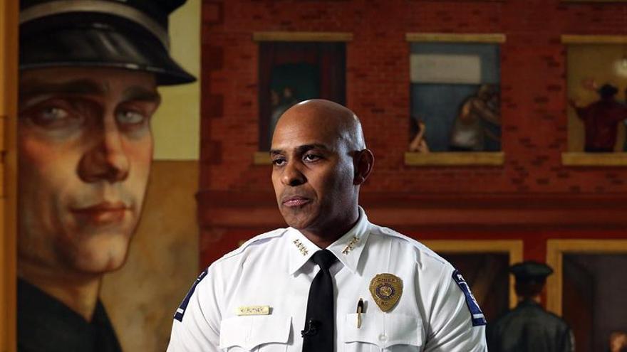 Kerr Putney, jefe del departamento de policía de Charlotte-Mecklenburg