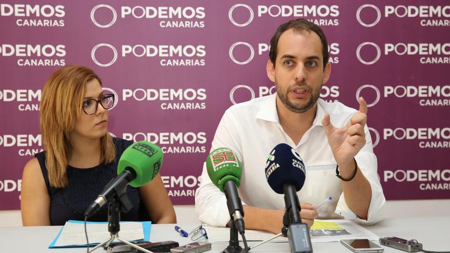 Los consejeros de Podemos en el Cabildo de Gran Canaria, Ylenia Pulido y Miguel Montero.