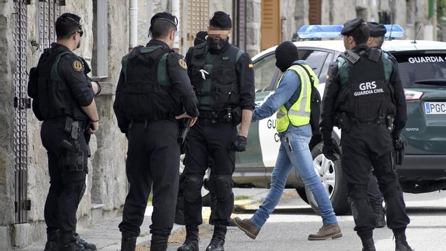 Detenidos dos hombres en Segovia vinculados con el yihadista arrestado el sábado