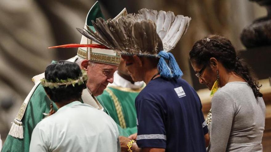 El Sínodo aprueba la propuesta de sacerdotes casados para la Amazonía