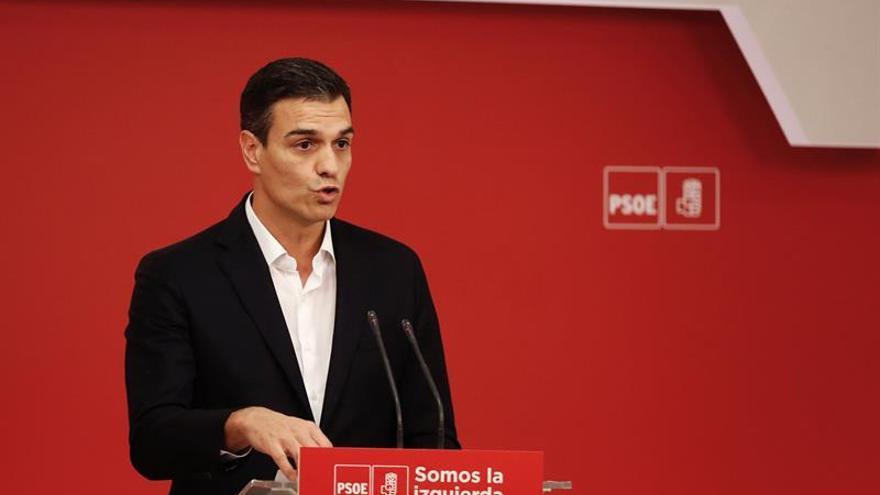 Sánchez lleva todo el día en Ferraz, preparado para seguir el escrutinio