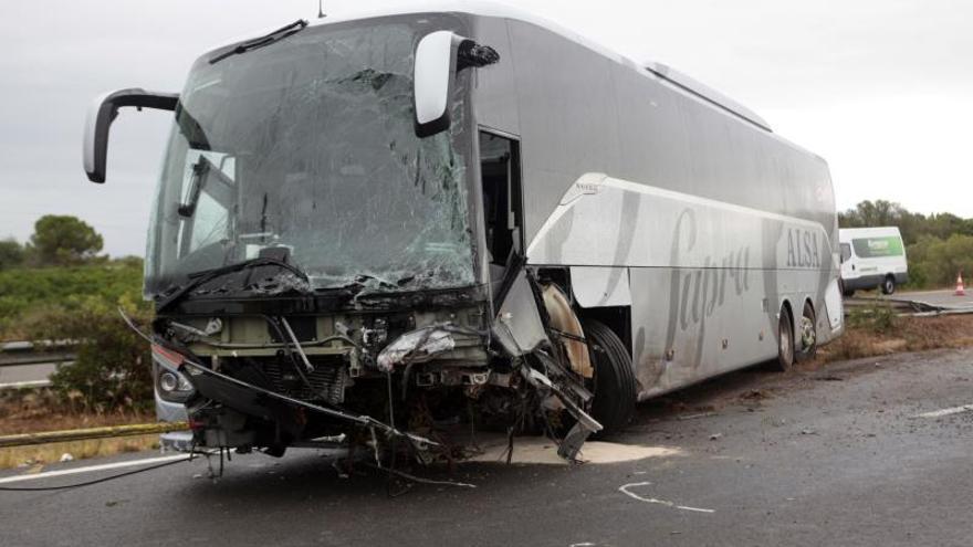 Un muerto y 9 heridos en un accidente que obliga a cortar la AP-7 en Amposta