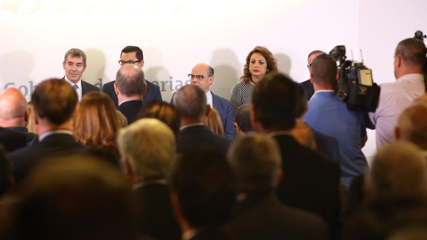 Toma de posesión de los nuevos consejeros del Gobierno de Canarias. (ALEJANDRO RAMOS)