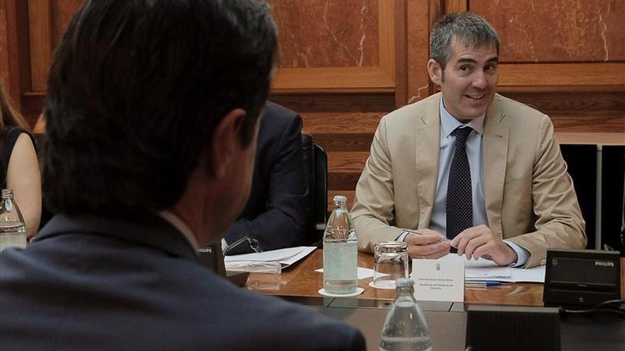 Canarias y el Estado llegan a acuerdos sobre REF, energías renovables y gas