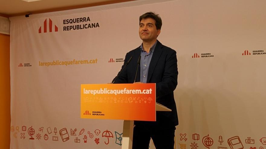 """ERC, sorprendida por que los 'comuns' decidan """"seguir bajo la monarquía española"""""""