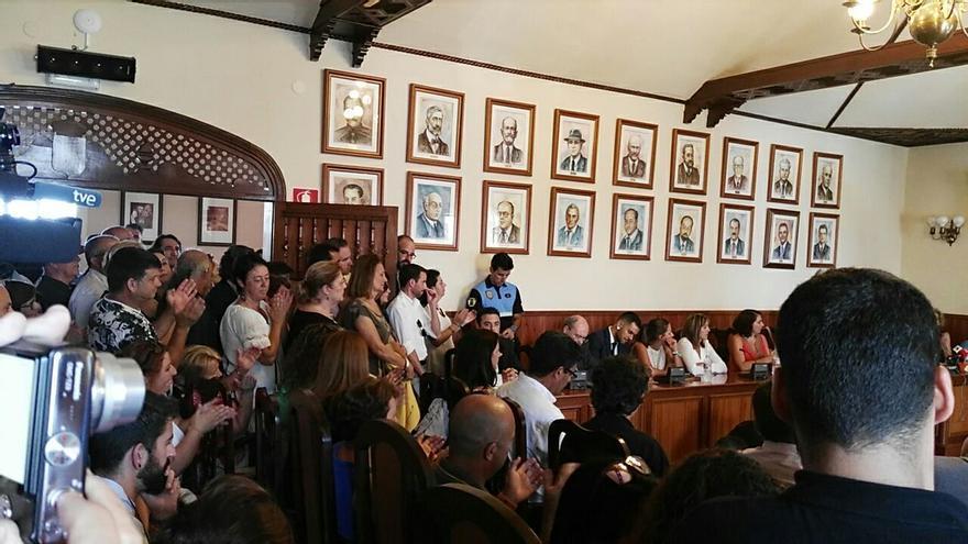 Moción de censura en Icod de los Vinos.