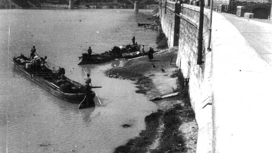 Los 'llaüters', los navegantes del río Ebro que tenían puerto en Mequinenza, aparecen frecuentemente en las novelas y cuentos de Moncada. La construcción de la presa acabó con este oficio.