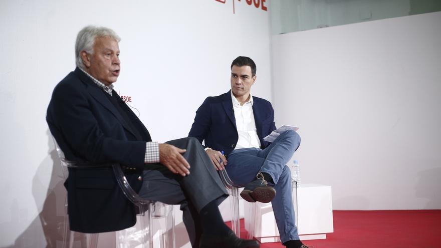 """Felipe González pide no esperar a que Francia pida ayuda, sino """"discutir como europeos"""" qué se puede aportar"""