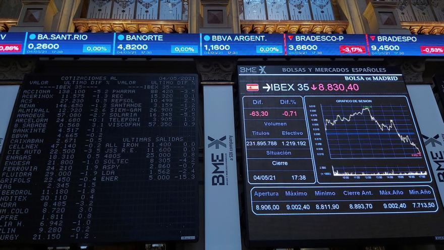La Bolsa española sube en la apertura un 0,96 % tras la victoria de Ayuso