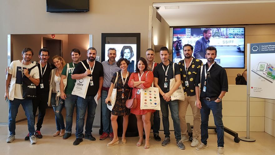 Algunos miembros del Clúster Audiovisual de Canarias en el festival internacional de cine de San Sebastián.