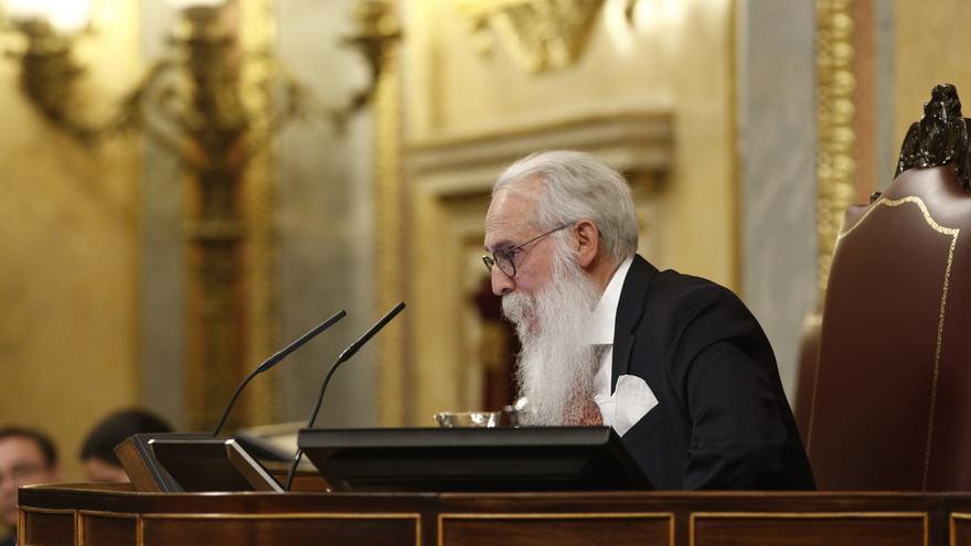 """El diputado de más edad: """"Estoy cojo, como el resto del Parlamento, unos inválidos y otros cojos"""""""