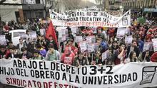 Una protesta estudiantil contra el 3+2 en la universidad.