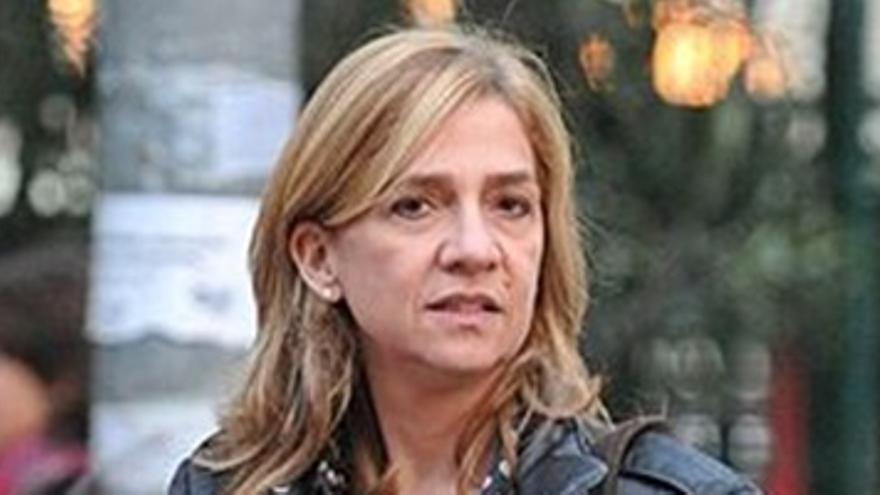 La Audiencia suspende la imputación a la Infanta
