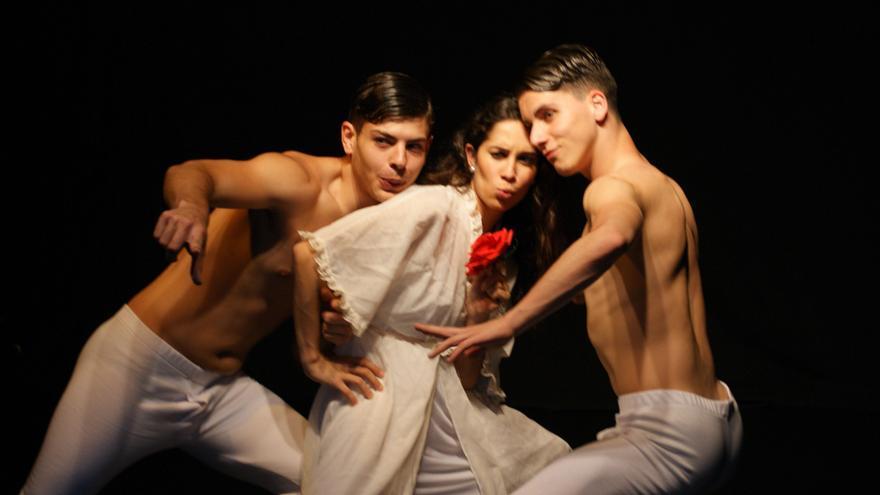 En la imagen, una escena del ballet 'La espina de la rosa'.