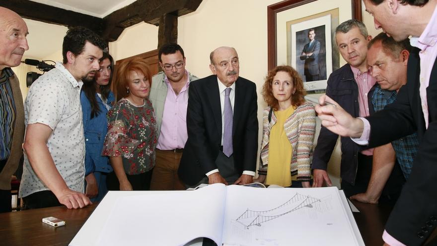 El nuevo puente sobre el Saja en Virgen de la Peña podría inaugurarse a finales de 2018 o principios del 2019