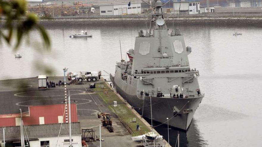Robles ordena retirar una fragata española de una misión encabezada por EEUU