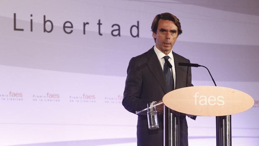 Aznar guarda silencio sobre Rodrigo Rato durante un acto de FAES