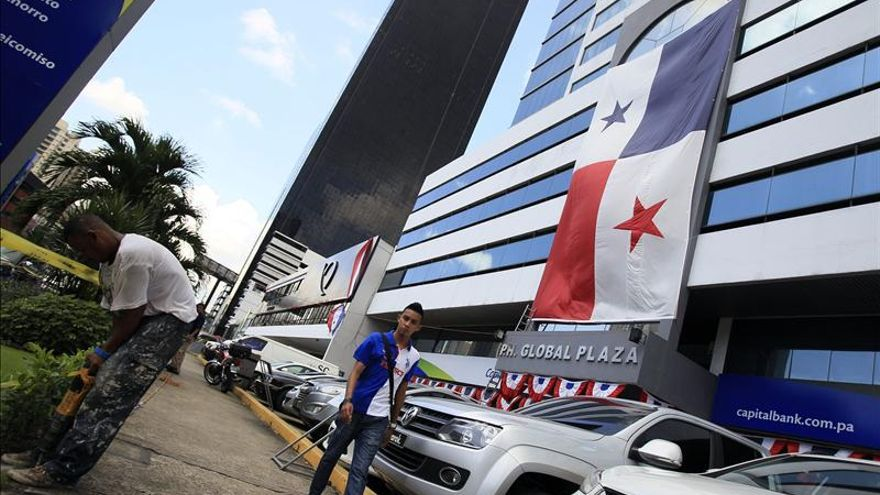 Panamá celebra con desfiles cívicos el 110 aniversario de su separación de Colombia