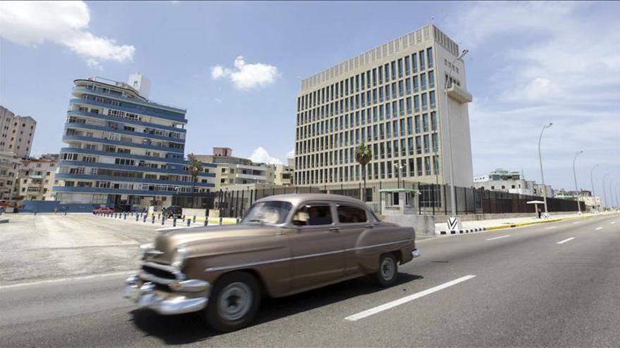 Kerry viajará a Cuba el 14 de agosto para izar la bandera de EE.UU. en la embajada