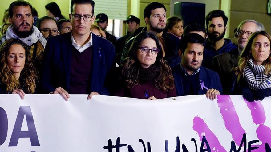Concentración en Elda (Alicante) por la última víctima de violencia machista