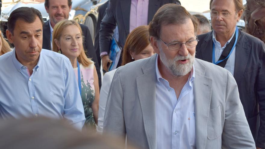 Mariano Rajoy a su llegada a la Interparlamentaria del PP que se celebra en Alboraia